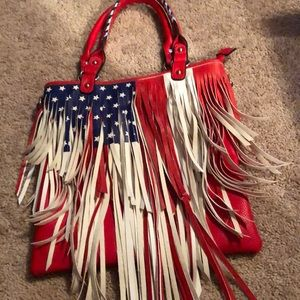 Handbags - Purse  perfect condition used once
